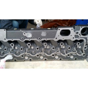 China SDEC engine cylinder head